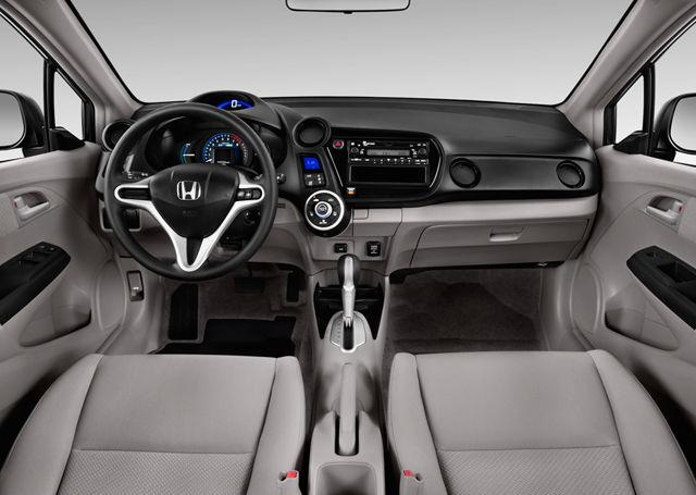 Honda обновила Insight