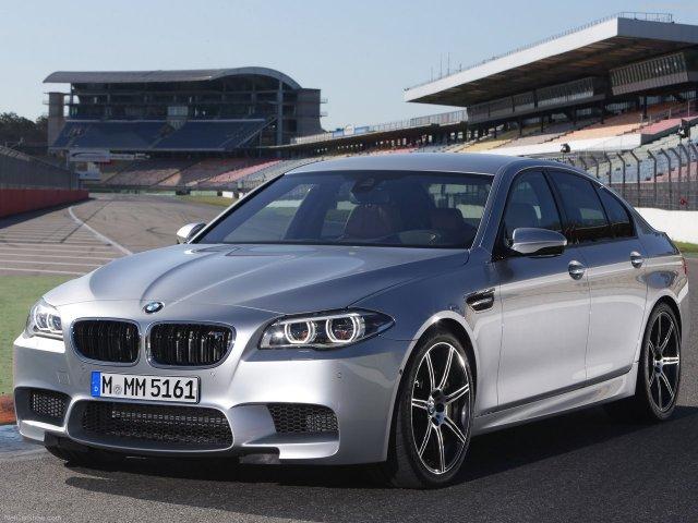 BMW показала обновленный седан M5