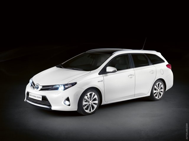 Toyota Auris Touring Sports скоро в продаже