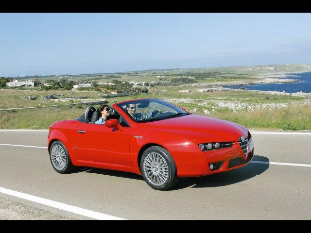 Компания Alfa Romeo откажется от переднего привода
